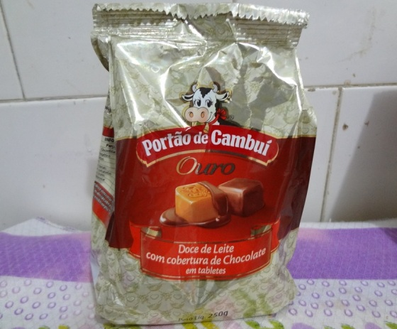 Doce De Leite Com Cobertura Chocolate