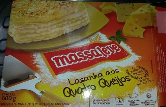 Lasanha quatro queijos massa leve