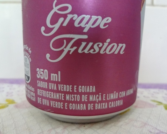 Schweppes Grape Fusion