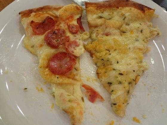 pizza castelões e 4 queijos