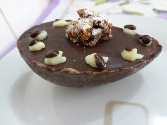 Ovo de Páscoa Brownie mini - Dona Deôla