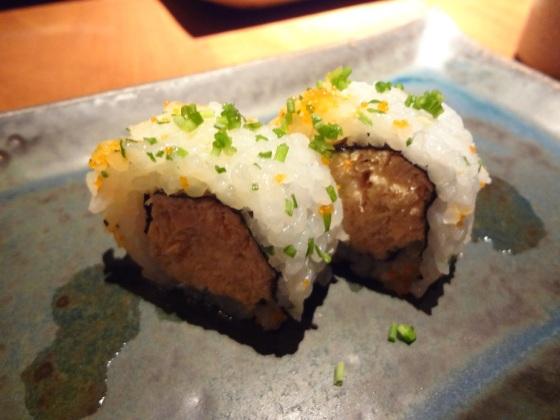Uramaki Filadélfia de salmão com azeite de oliva