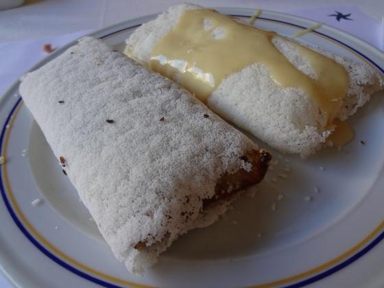 Tapioca de doce de leite com queijo tostado e tapioca de coco com leite condensado
