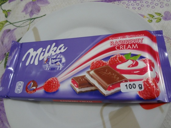 Milka Raspberry Cream