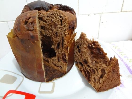 Panetone de Chocolate com Gotas de Chocolate Dia Delicious
