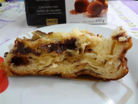 Panetone com Gotas de Chocolate e Reheio de Chocolate - Dia Delicious