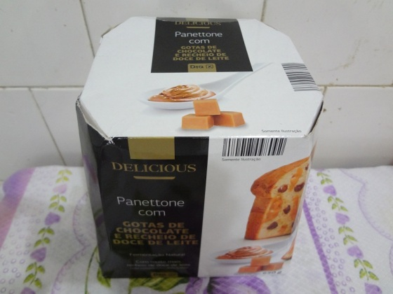 Panetone com Gotas de Chocolate e Recheio de Doce de Leite - Dia   Delicious