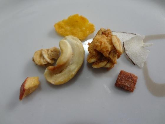 granola tropical kobber light