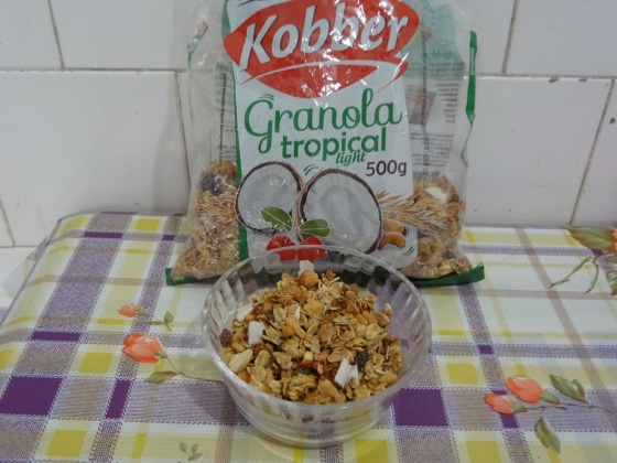 granola tropical kobber light