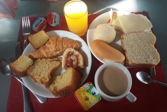café da manhã porto zarpa hotel