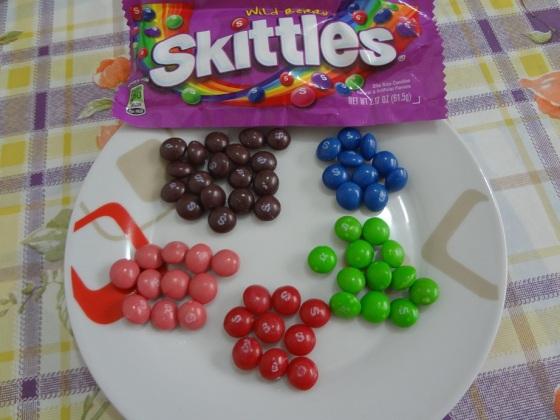 Como fiz na outra Skittles, resolvi descrever uma por uma, em ordem da mais gostosa até a que eu menos curti.