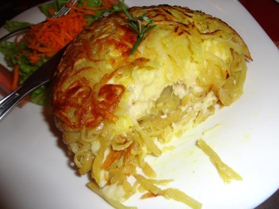 delicias da di tapiocaria, omeleteria e batata rosti