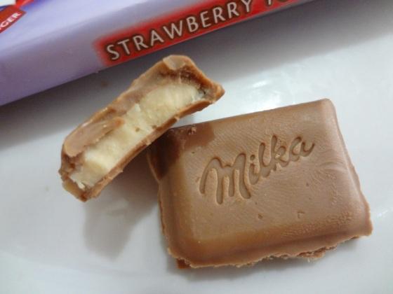 milka straeberry yoghurt