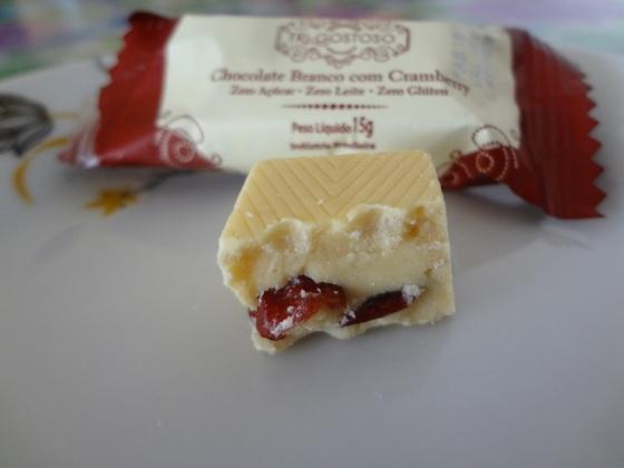 chocolate branco com cranberry tri gostoso