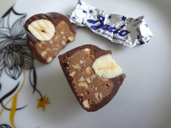 ovo de chocolate amargo baci