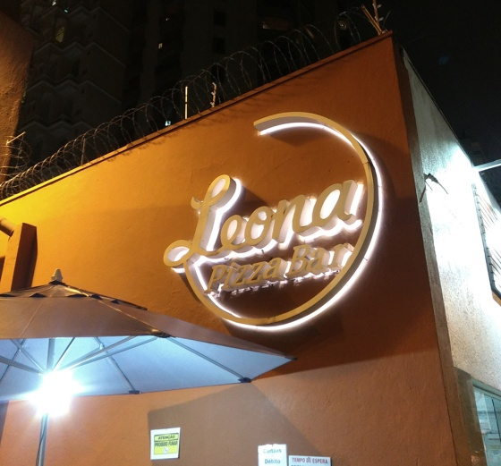 leona pizza bar